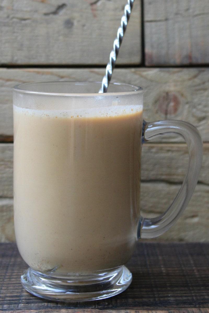 How to Make a Pumpkin Spiced Latte : add cream and sugar