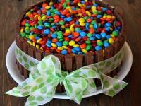 Kit Kat Cake 1