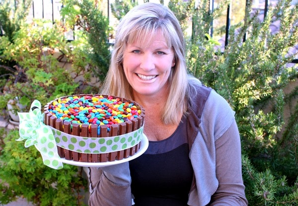 Kit Kat Birthday Cake & a RecipeGirl Cookbook Deal!