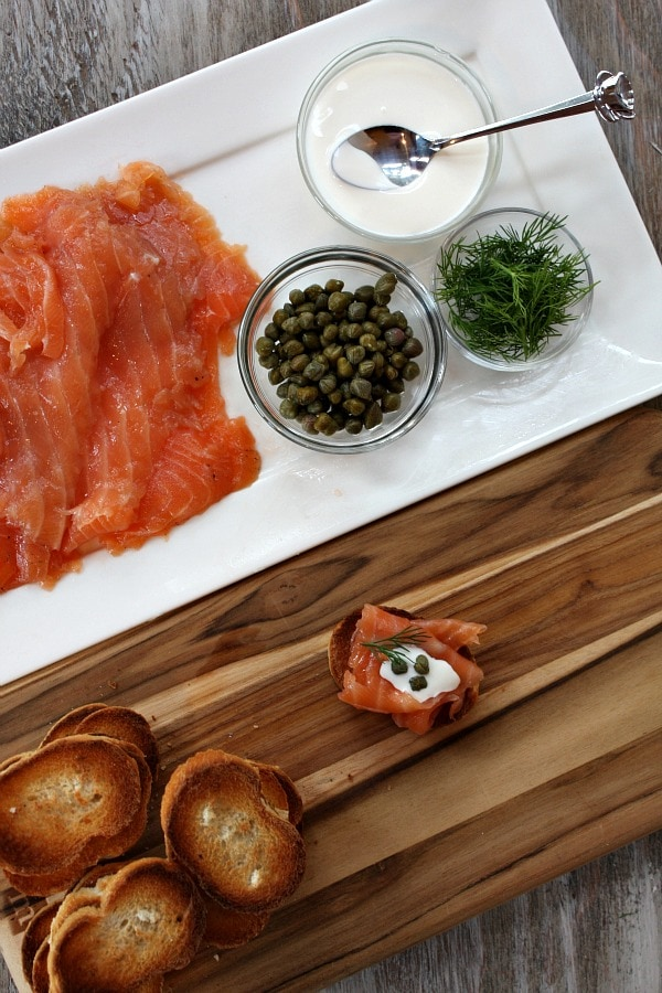 making salmon gravlax appetizers