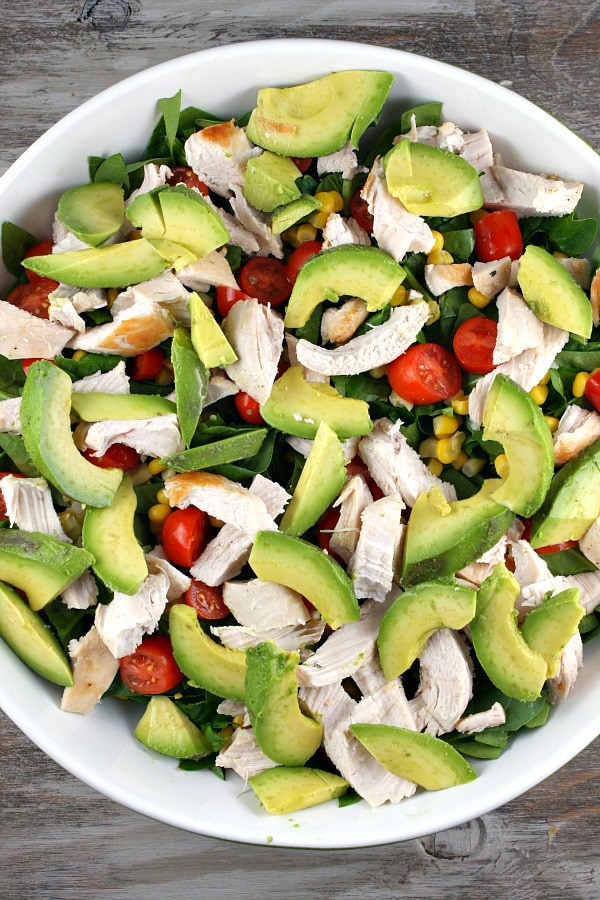 How to Make Spinach Salad with Chicken, Avocado and Goat Cheese