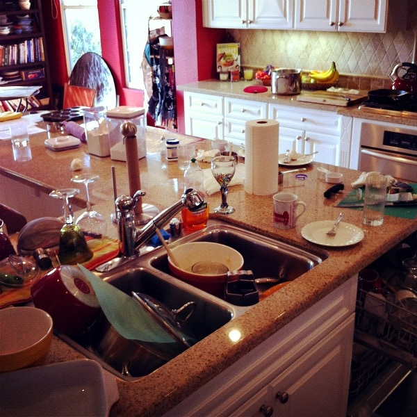 Unorganized Kitchen: Money Saving Kitchen Tips