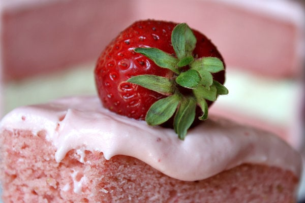 Strawberry Cheesecake Cake 8