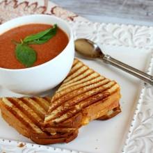 10 Minute Tomato Soup