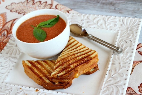 10 Minute Tomato Soup recipe by RecipeGirl.com
