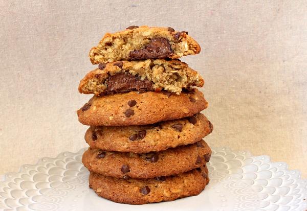 Nutella- Stuffed Banana Cookies