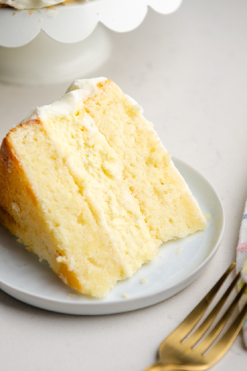 slice of lemon cheesecake cake