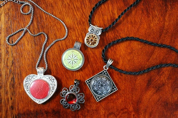 Magnabilities Necklaces