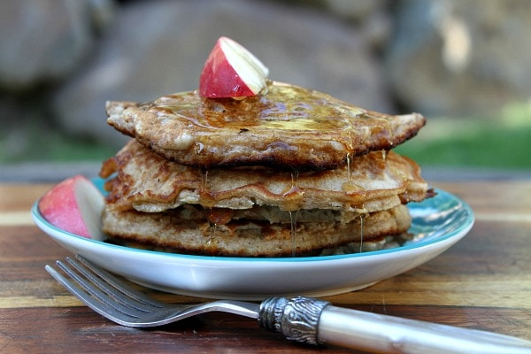 Apple Pie Pancakes - RecipeGirl.com