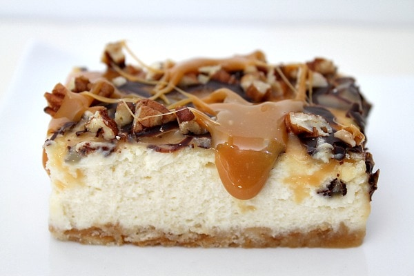 Caramel Pecan Cheesecake Bars - RecipeGIrl