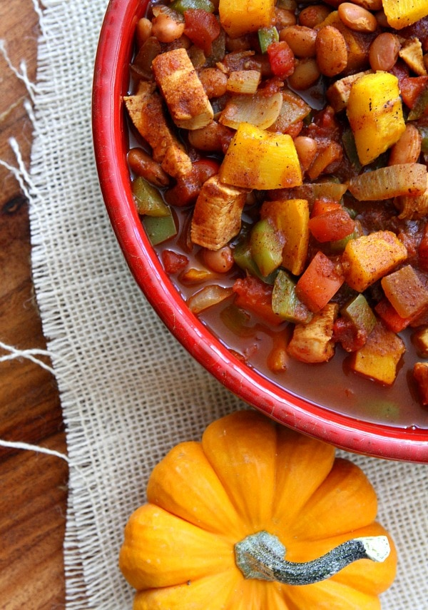 Chicken Chili with Maple Roasted Pumpkin 600