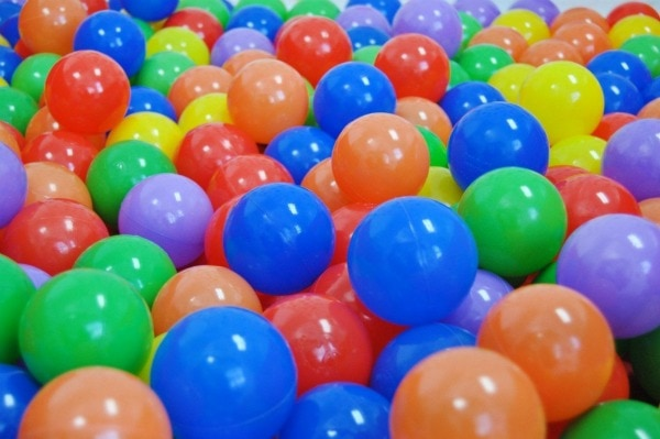 how to make a ball pit withot balls
