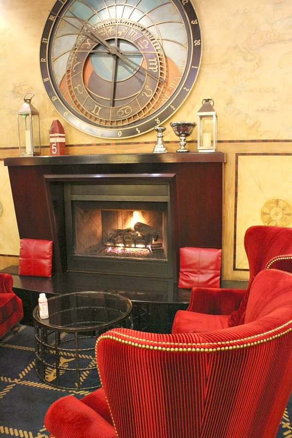 San Francisco Kimpton Argonaut Hotel Lobby