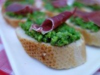 Sweet Pea Crostini with Prosciutto