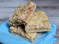 Caramel- Crumble Bars