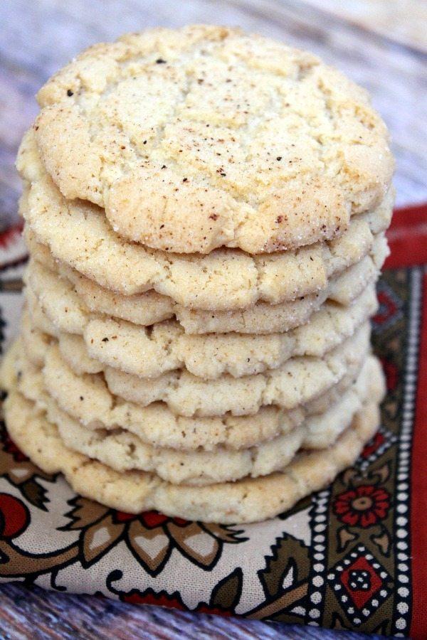 Crunchy Nutmeg Sugar Cookies #recipe - RecipeGirl.com
