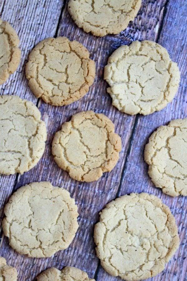 Crunchy Nutmeg Sugar Cookies #recipe