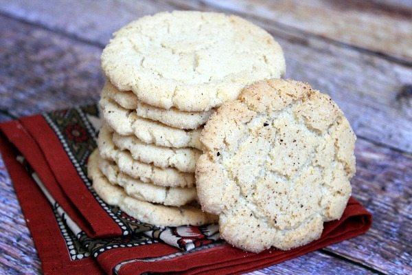 Crunchy Nutmeg Sugar Cookies