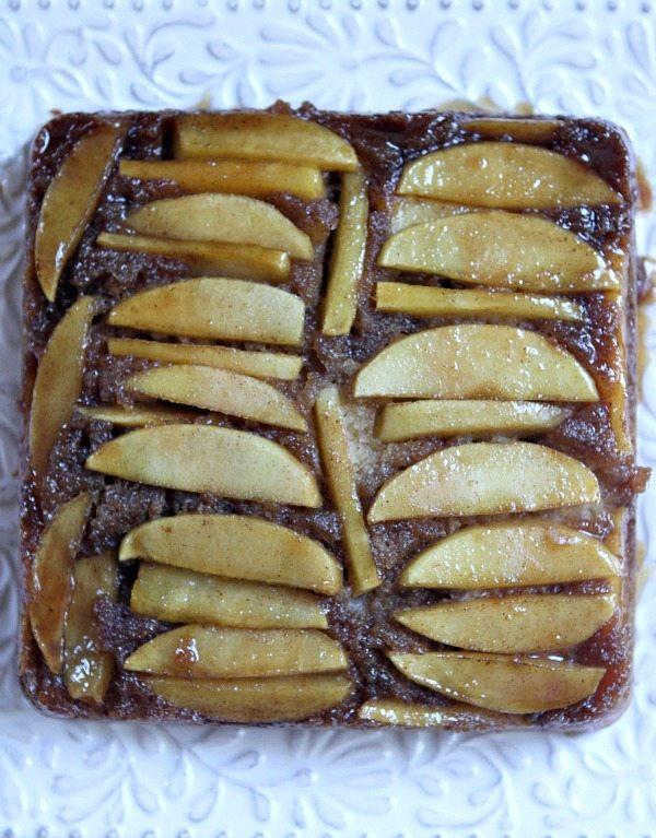 Caramel Apple Upside Down Cake #recipe -