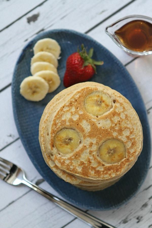 Banana Oatmeal Pancakes Recipe from RecipeGirl.com