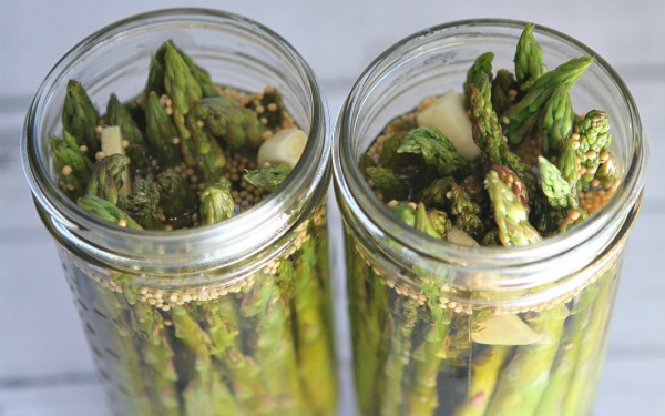 Pickled Asparagus 600
