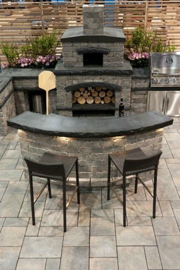Backyard Bar and Fireplace