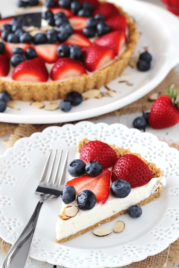 Berry Almond Tart - a no bake dessert that's perfect for summer!