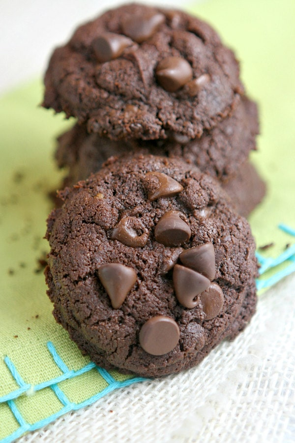 Whole Wheat Double Dark Chocolate Brownie Cookies