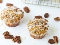 Pumpkin Coffee Cake Muffins