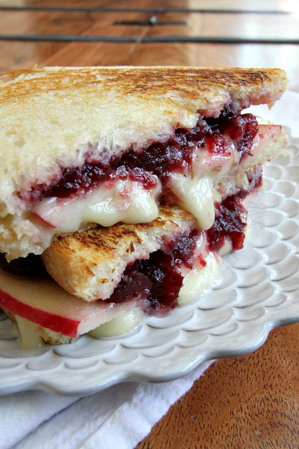 Brie Apple and Cranberry Grilled Cheese Recipe