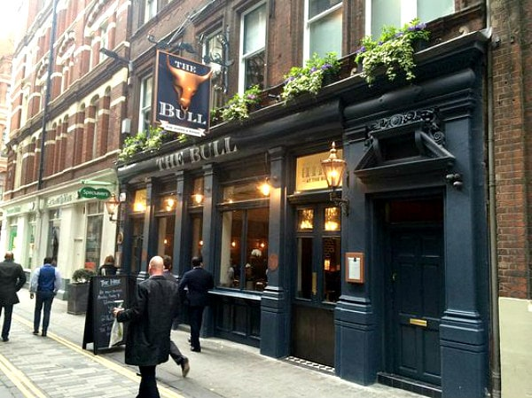 London Hotel Review:  The Bull and the Hide
