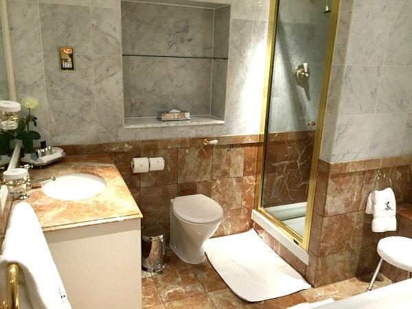 Ritz London Bathroom