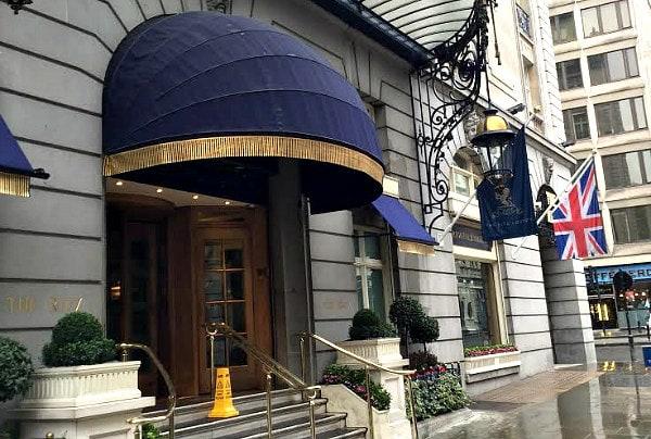 London Hotel Review: The Ritz London - RecipeGirl