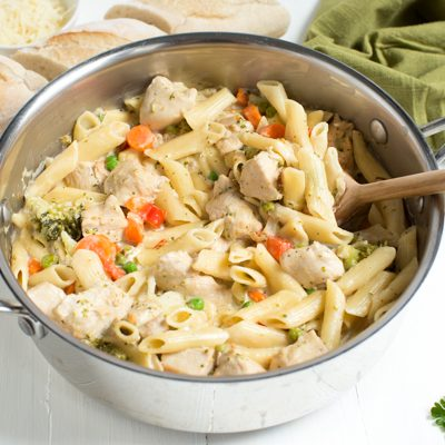 One Pot Creamy Chicken and Vegetable Pasta is a meal that both kids and adults will love!