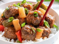 Slow-Cooker-Hawaiian-Meatballs-2