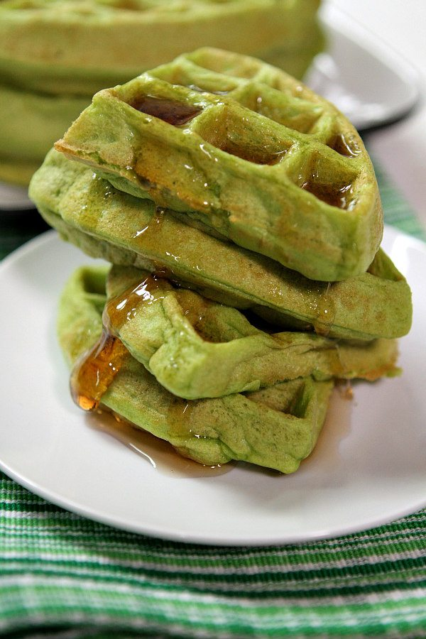 Green Smoothie Waffles Recipe - RecipeGirl.com