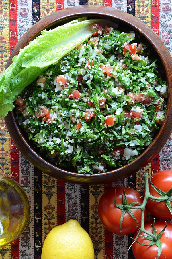 An easy recipe for traditional tabbouleh, an authentic middle Eastern salad.