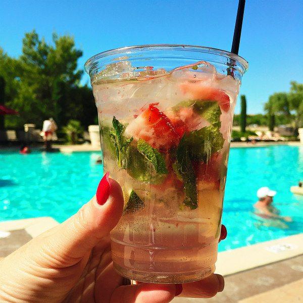 Hilton Strawberry Mojitos
