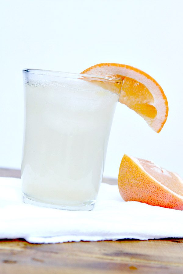 Grapefruit Crush Cocktail