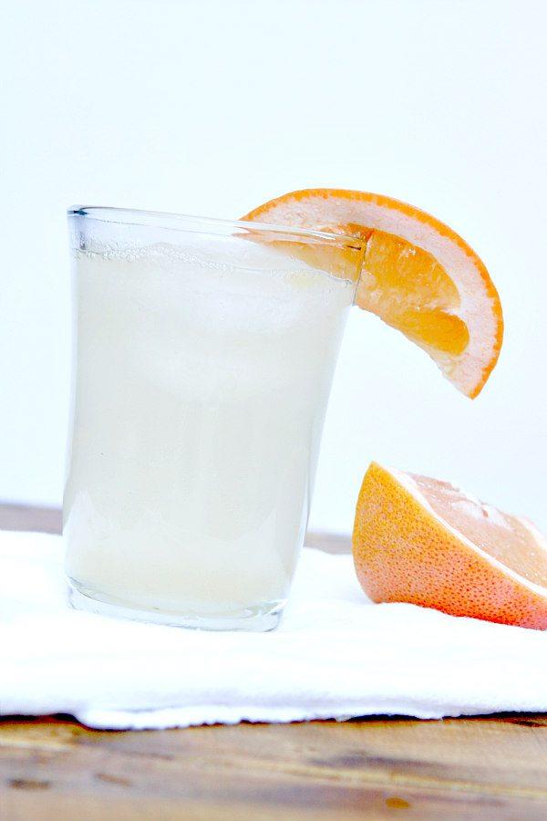 Grapefruit Crush Cocktail Recipe - from RecipeGirl.com
