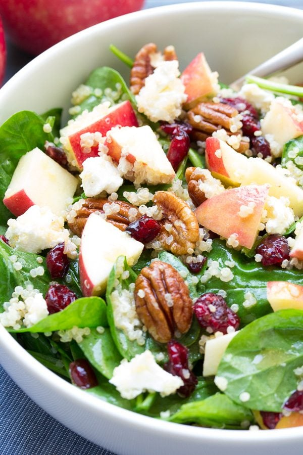 Spinach and Quinoa Salad with Apple