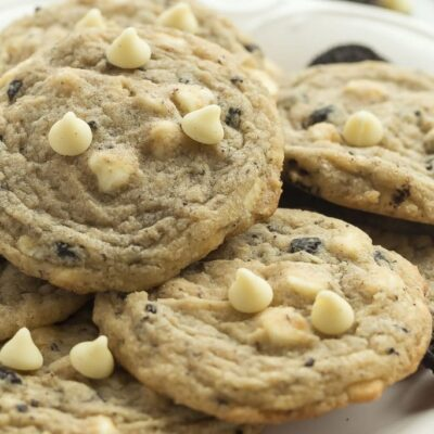 These Cookies 'n' Cream Cookies are full of white chocolate chips and crushed Oreos for true cookie addicts! They are soft and chewy and not cakey!
