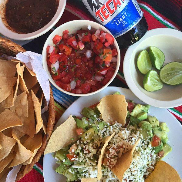 Chips and Guacamole in Mazatlan, Mexico at Restaurante Mr. Lionso