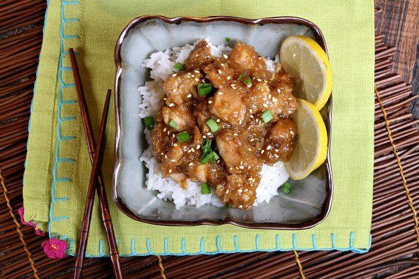 Easy Slow Cooker Lemon Chicken recipe - from RecipeGirl.com