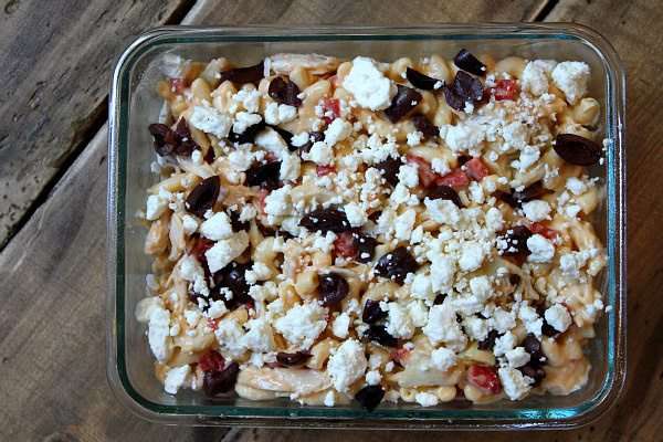 Mediterranean Chicken Macaroni and Cheese - recipe from RecipeGirl.com