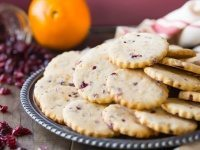Cranberry Orange Shortbread Cookies by @bakingamoment