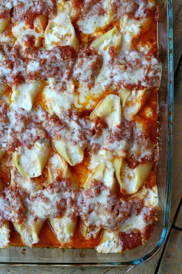 Easy Butternut Squash Stuffed Shells recipe - from RecipeGirl.com