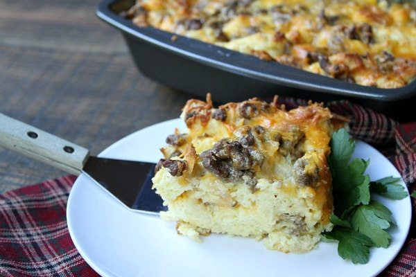 Easy Breakfast Strata recipe - from RecipeGirl.com