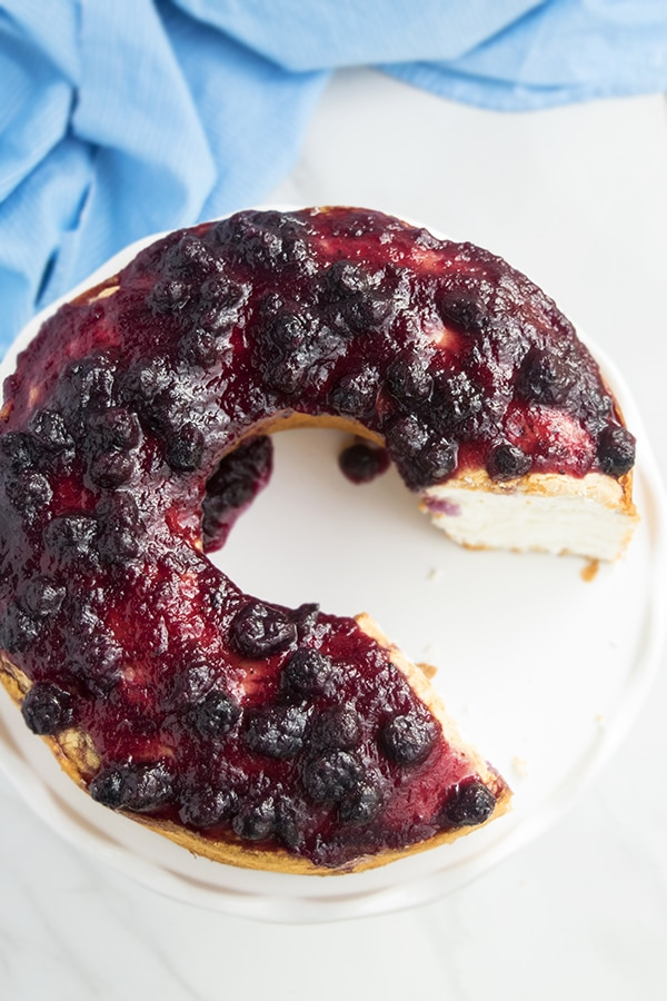 easy angel food cake with blueberry topping