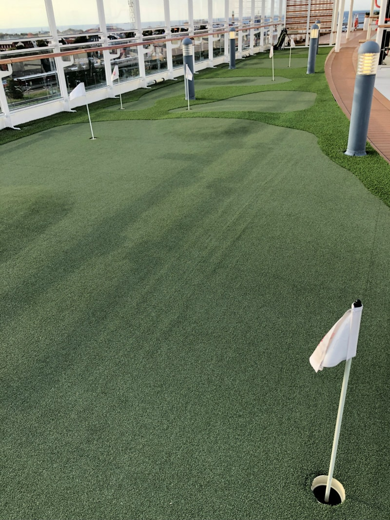 Putting Green on The Viking Star